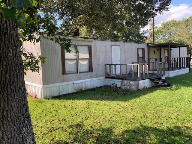 26998 Oak Creek Drive, Splendora, TX 77372 (MLS #49511619) :: NewHomePrograms.com