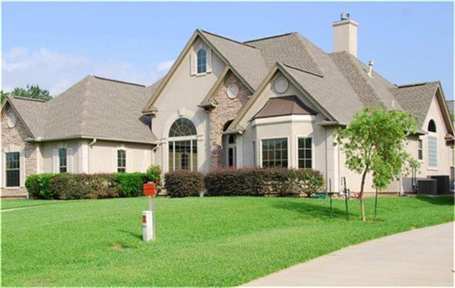 12402 Longmire Cove, Conroe, TX 77304 (MLS #49548831) :: Texas Home Shop Realty