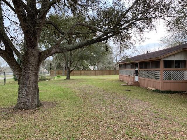 232 Fm 2238, Schulenburg, TX 78956 (MLS #4955797) :: The Bly Team