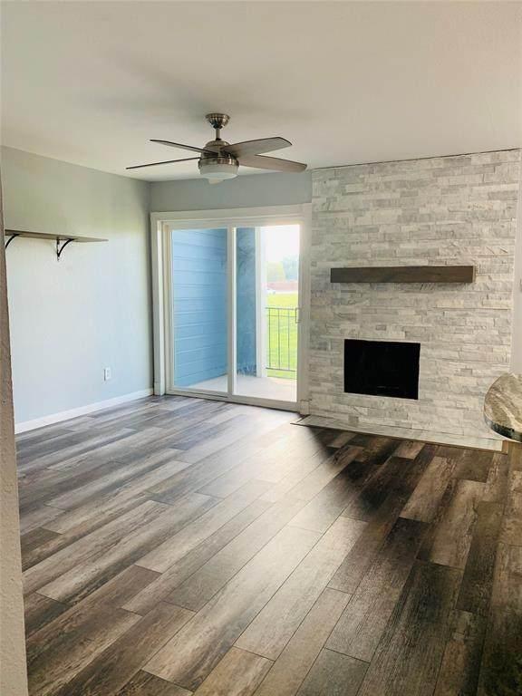 18511 Egret Bay Boulevard #313, Webster, TX 77058 (MLS #49605513) :: Texas Home Shop Realty