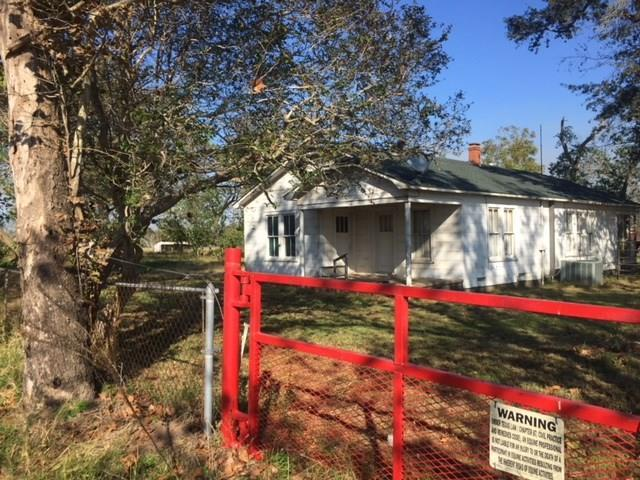 15340 Penick Road, Waller, TX 77484 (MLS #49748229) :: Giorgi Real Estate Group