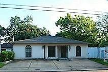 605 E Main Street Street, Humble, TX 77338 (MLS #49811129) :: Giorgi Real Estate Group