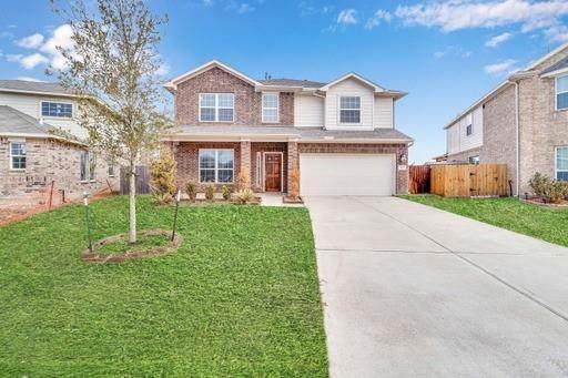 10107 Stone Briar Drive, Baytown, TX 77521 (MLS #50355542) :: NewHomePrograms.com