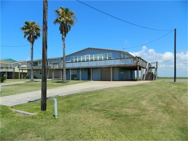2315 Canal Drive, Sargent, TX 77414 (MLS #50560555) :: Texas Home Shop Realty