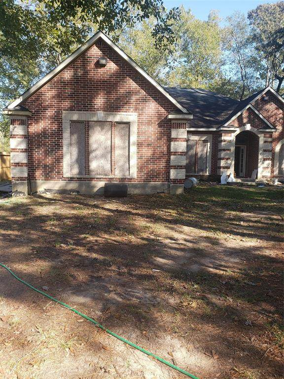 16 County Road Road, Cleveland, TX 77327 (MLS #50820911) :: My BCS Home Real Estate Group