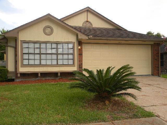 903 Foxborrough Lane, Missouri City, TX 77489 (MLS #51661845) :: King Realty