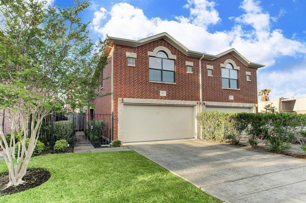 3604 Link Valley Drive - Photo 1