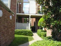 10161 Oakberry Street, Houston, TX 77042 (MLS #52164600) :: Texas Home Shop Realty