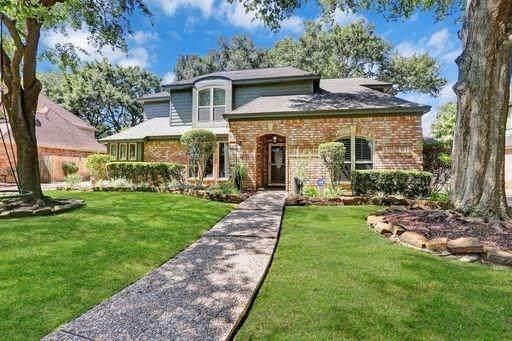 10214 Cutting Horse Lane, Houston, TX 77064 (MLS #52181330) :: Michele Harmon Team
