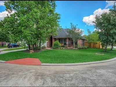 6811 Summer Trace Court, Spring, TX 77379 (MLS #52419347) :: The Heyl Group at Keller Williams