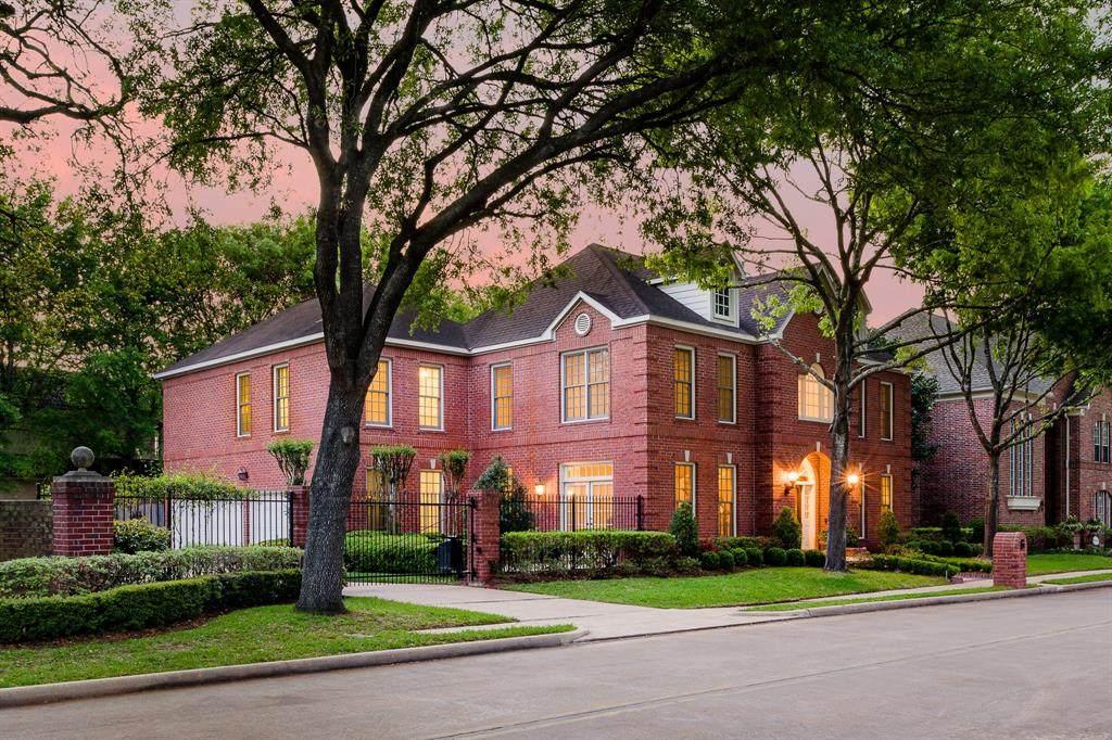 1 Pin Oak Estates Drive - Photo 1