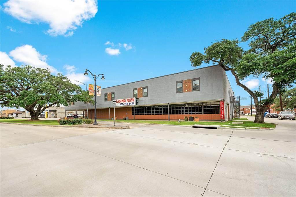 612 Texas Avenue - Photo 1