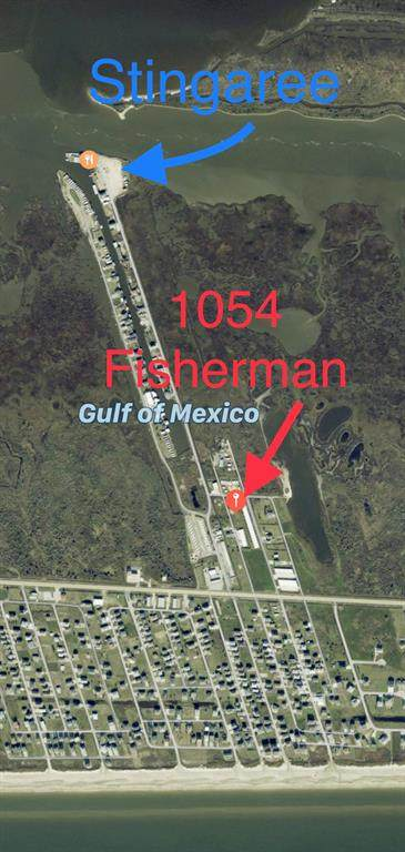 1054 Fisherman Drive N, Crystal Beach, TX 77650 (MLS #52907392) :: My BCS Home Real Estate Group