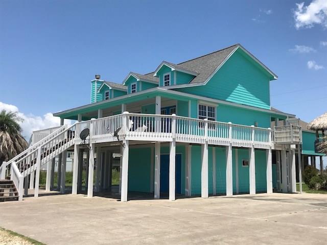 2337 Martinique, Crystal Beach, TX 77650 (MLS #53046052) :: The Sansone Group