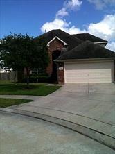 105 Bristol Bend Lane, Dickinson, TX 77539 (MLS #53442980) :: The SOLD by George Team