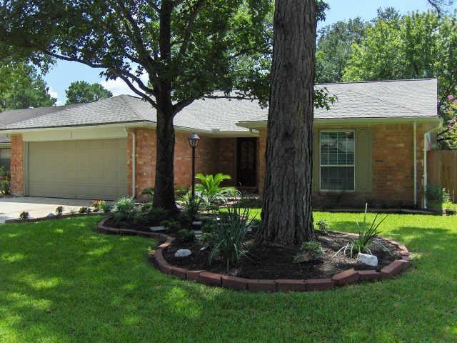 9927 Landry Boulevard, Houston, TX 77070 (MLS #53460521) :: Caskey Realty
