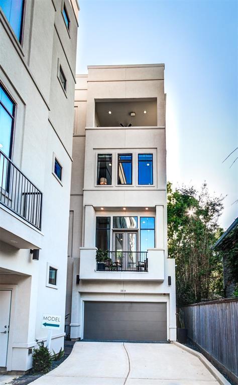 2514 Morgan Street, Houston, TX 77006 (MLS #53556967) :: Glenn Allen Properties