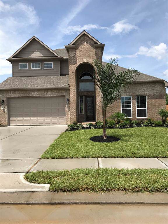 1438 Lake Mija Court, Seabrook, TX 77586 (MLS #53669853) :: The Heyl Group at Keller Williams