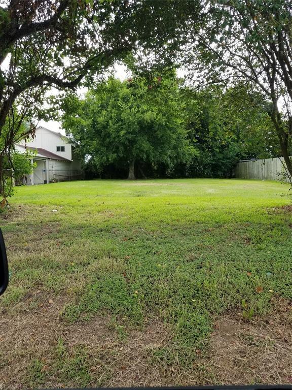 1001 Sunset Drive, Baytown, TX 77520 (MLS #53770480) :: Texas Home Shop Realty