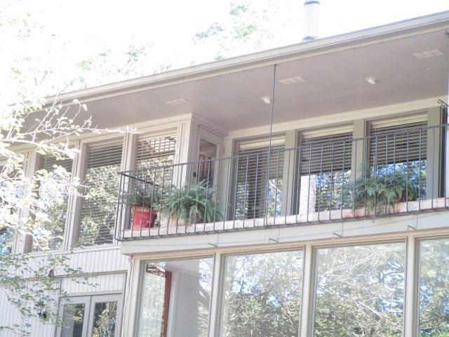 6645 Bayou Glen Road, Houston, TX 77057 (MLS #53792859) :: Team Parodi at Realty Associates