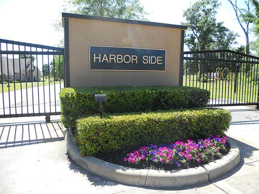 19000 & 19004 Harbor Side Boulevard - Photo 1