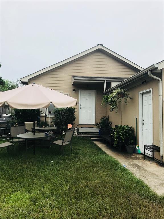 11818 Kingslake Forest Drive, Houston, TX 77044 (MLS #54131652) :: The Heyl Group at Keller Williams
