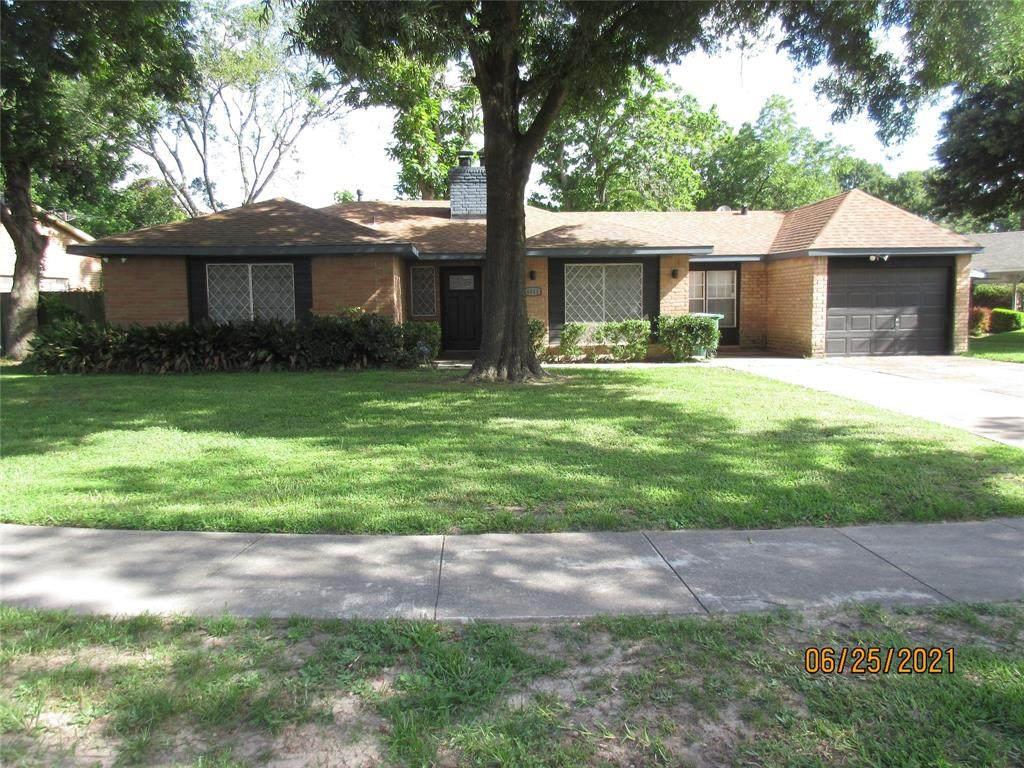 6511 Bending Oaks Street - Photo 1