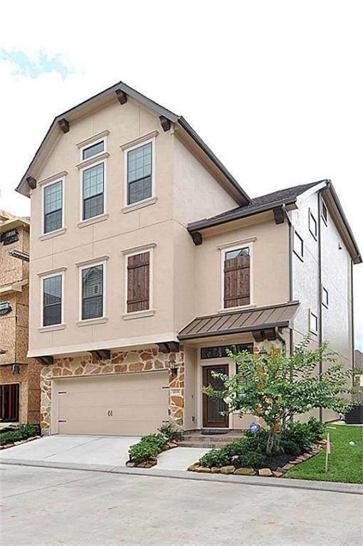 2737 Kings Retreat Circle, Kingwood, TX 77345 (MLS #54386443) :: The Parodi Team at Realty Associates