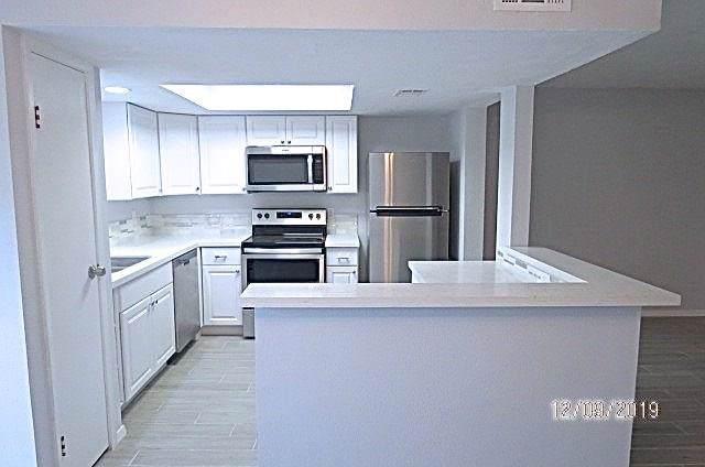 14911 N Wunderlich Drive N #301, Houston, TX 77069 (MLS #54716198) :: Texas Home Shop Realty