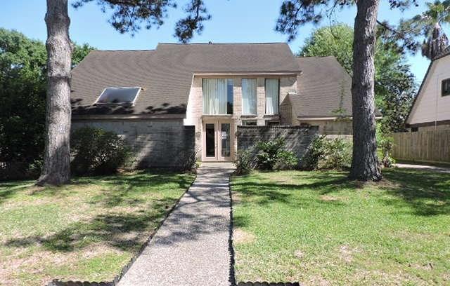 7610 Club Lake Drive, Houston, TX 77095 (MLS #54724346) :: The Heyl Group at Keller Williams
