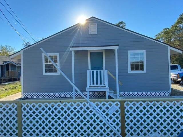 2322 Central Street, Dickinson, TX 77539 (MLS #54967867) :: Texas Home Shop Realty