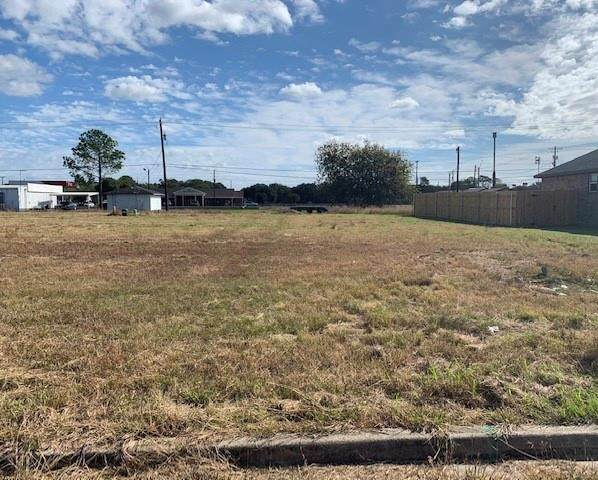 1902 Lynn Street, El Campo, TX 77437 (MLS #55038260) :: The Freund Group
