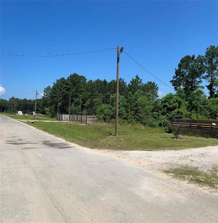 83 County Road 5009 - Photo 1