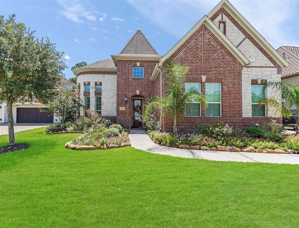 1102 Cotswold Manor Loop - Photo 1