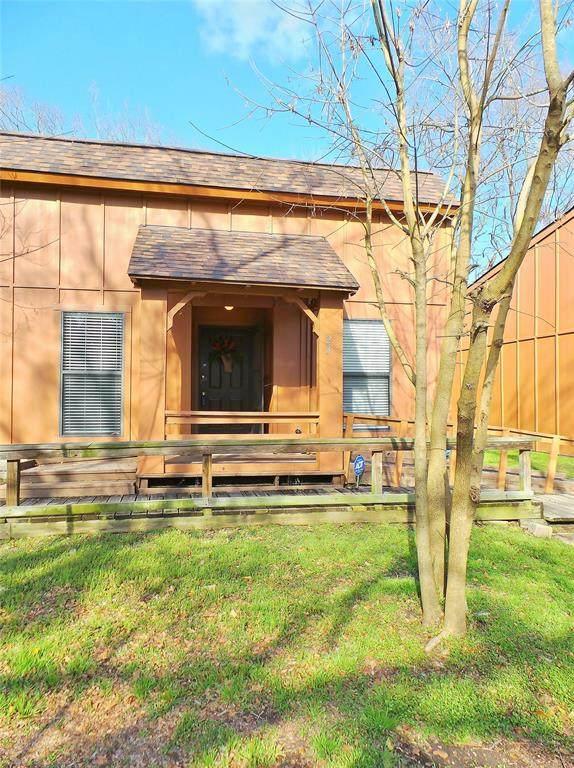 3923 Old Oaks Drive #23, Bryan, TX 77802 (MLS #55110725) :: Ellison Real Estate Team