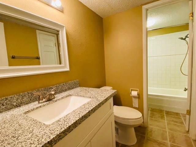 1516 Bay Area Boulevard Q16, Houston, TX 77058 (MLS #55342162) :: Ellison Real Estate Team