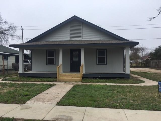 308 Bolster Street, Baytown, TX 77520 (MLS #55426862) :: Christy Buck Team