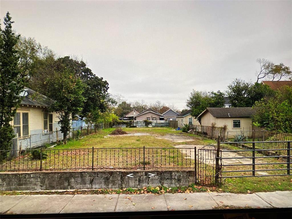 1608 Fulton Street - Photo 1