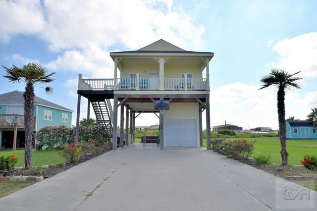 956 Monkhouse, Crystal Beach, TX 77650 (MLS #55689665) :: Caskey Realty