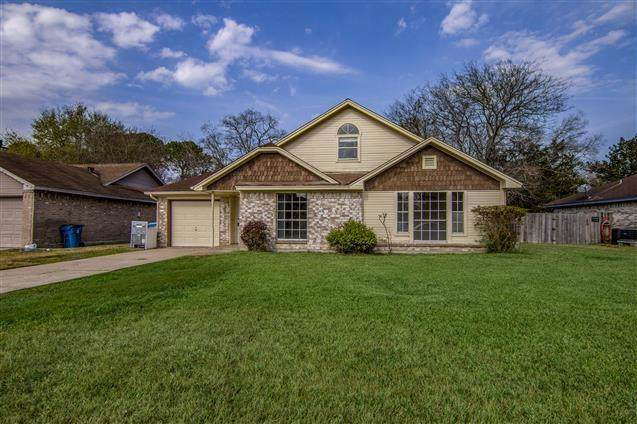 5521 Winding Brook, Dickinson, TX 77539 (MLS #55798800) :: Texas Home Shop Realty