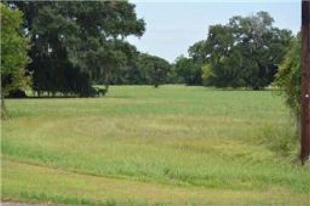 500 Campfire, Angleton, TX 77515 (MLS #56196415) :: The SOLD by George Team