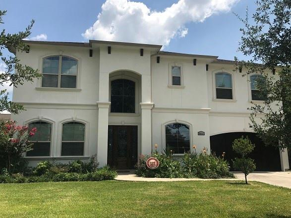 5011 Imperial Street, Bellaire, TX 77401 (MLS #56309416) :: NewHomePrograms.com LLC