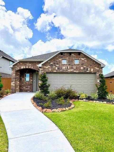 10910 Webber Lane, Texas City, TX 77591 (MLS #56567863) :: The Freund Group
