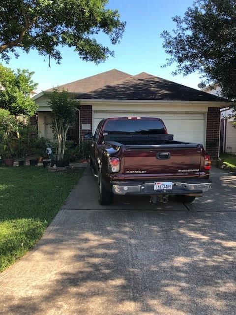 19303 Moss Meadow Lane, Katy, TX 77449 (MLS #56645453) :: King Realty