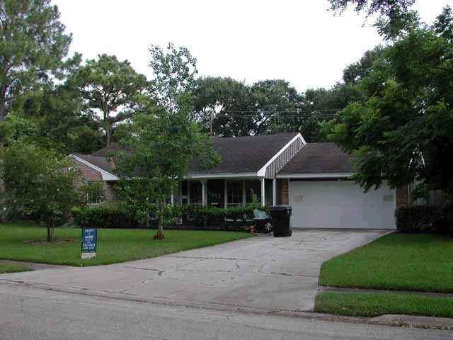 6817 Hazen Street, Houston, TX 77074 (MLS #56762699) :: The Heyl Group at Keller Williams
