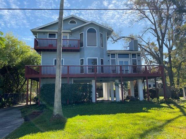 1907 Cove Park Drive, Kemah, TX 77565 (MLS #56828567) :: Ellison Real Estate Team
