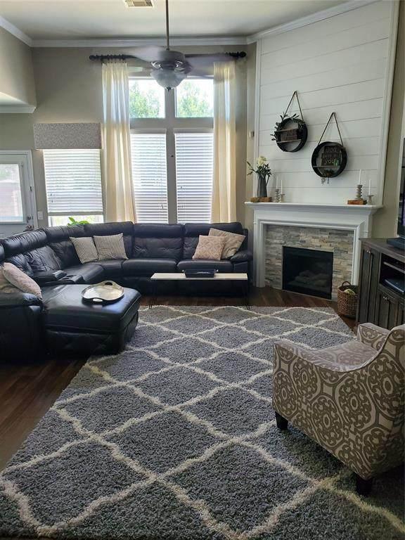 17422 Aldenwilds Lane, Richmond, TX 77407 (MLS #56928639) :: Phyllis Foster Real Estate