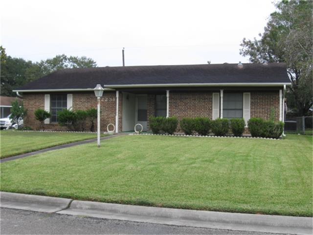 2238 Ripple Creek Drive, Rosenberg, TX 77471 (MLS #56950424) :: Christy Buck Team
