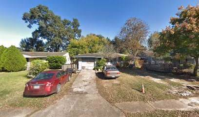 5619 Lyndhurst Drive, Houston, TX 77033 (MLS #57214082) :: TEXdot Realtors, Inc.