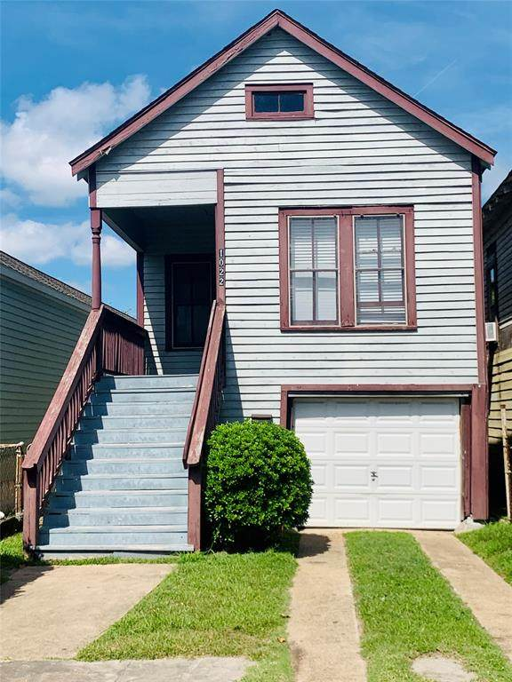 1022 Avenue M, Galveston, TX 77550 (MLS #57771989) :: The SOLD by George Team